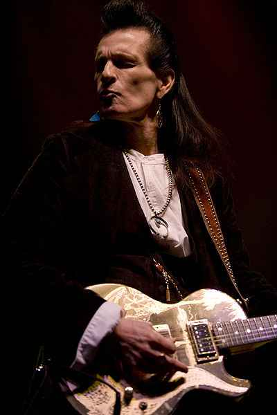 400px-2008-02-26_Willy_deVille
