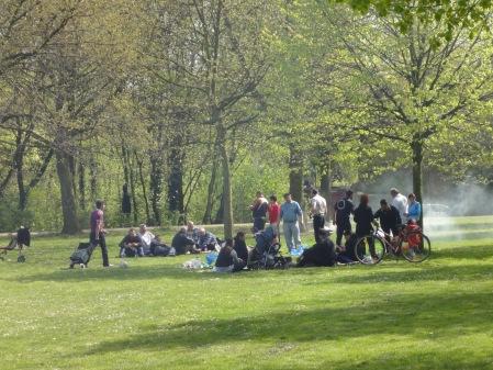 Grillen im Park: Zwischen Hammel und Himmel
